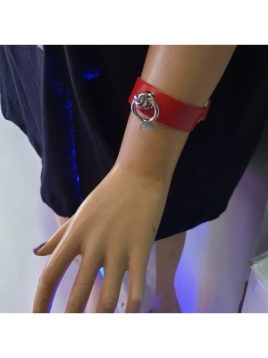 HANDMADE  SMALL RING LEATHER WRISTBAND - RED